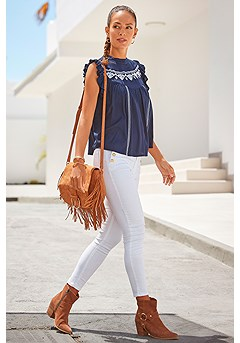Embroidered Blouse product image (F04021.WHNV.X38205.WH.X60134.CG)