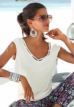 Cord Detail V-Neck Top, Cuffed Denim Shorts product image (X34030-CR_02)