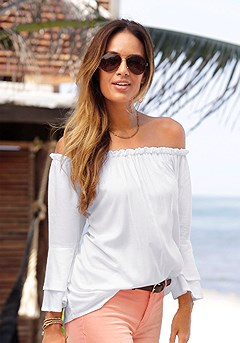 Flowy Carmen Top, Distressed Look Jeggings product image (X34124-WH-00)