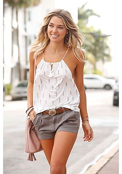 Casual Cuff Shorts product image (X37002.OL-X33031.CR)