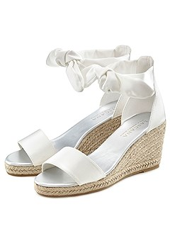 Bow Wedge Sandals product image (X60111WH_22)